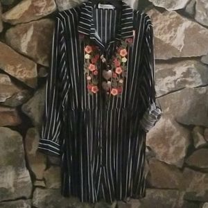 Pinstrip Embroidry Collar Button Down Long SLeeve